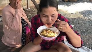 sunaree-สุนารี-ราชสีมา-มาๆๆๆ-มากินข้าวคลุกน้ำพริกปลาฉลาดกัน