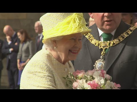 Queen smiles warmly during traditional Holyrood ceremony