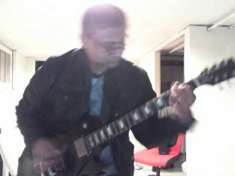 Improvistionally intense guitar jam..while the clock ticked-on les paul and wat not