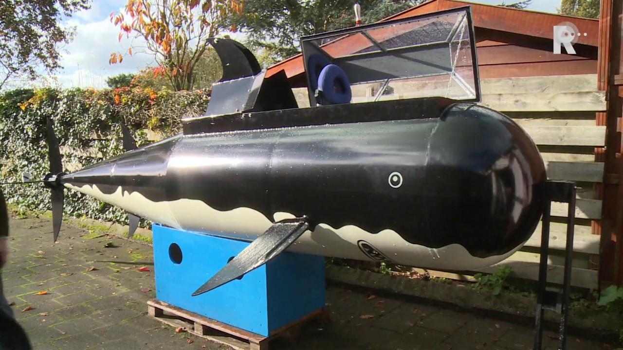 Onderzeeboot uit kuifje nagebouwd in ridderkerk youtube for Schepper van de stripfiguur kuifje