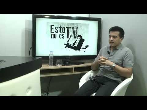 """Rubén Almara entrevistando a David Cáceres, en el programa """"ESTO NO ES TV"""""""