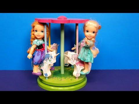 Merry go Round ! Elsa & Anna toddlers - Ferris wheel - LOL dolls bath