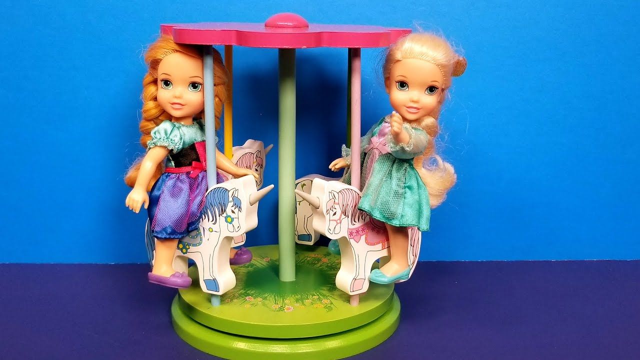Merry go Round ! Elsa & Anna toddlers - Ferris wheel - LOL dolls bath