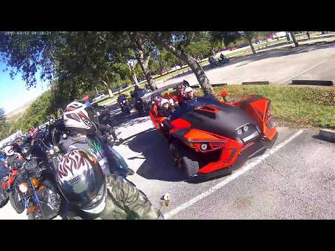 """TOYS IN THE SUN RUN"" CHRISTMAS RIDE WITH ""BROWARD COUNTY RIDERS"" FORT LAUDERDALE FLORIDA 12-10-2017"