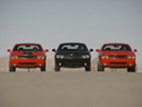 Challenger Drag Race Se Vs R T Vs Srt8 Youtube