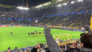 Borussia Dortmund - Slavia Prag 2:1 Verabschiedung der Mannschaft
