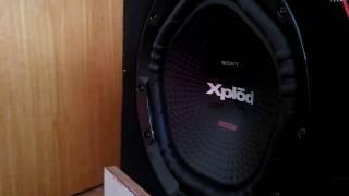 SONY XPLOD 1800 WATT 30CM BASS TEST