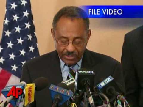 Illinois Governor Calls on Burris to Resign
