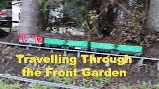 レゴの貨物車、庭を快走!運転席視点も爽快!