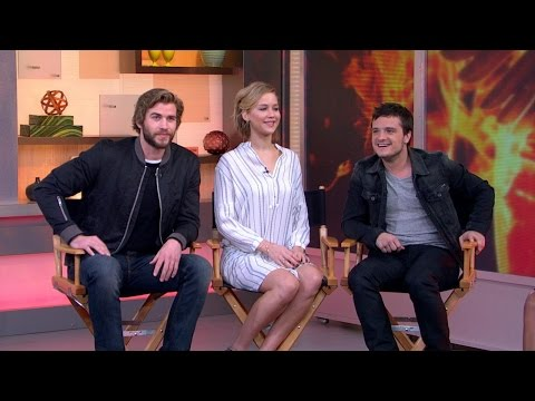 'The Hunger Games: Mockingjay' Exclusive Sneak Peek streaming vf