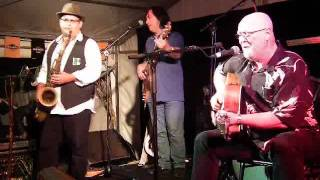Mick Hanly with The John Martyn Band -