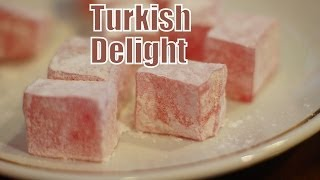 Eating Turkish Delight and drinking Turkish Tea in Istanbul, Turkey (İstanbul