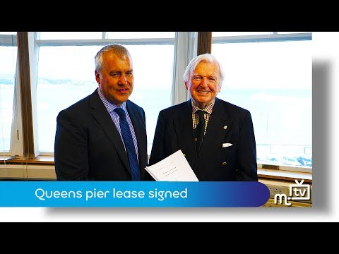 Queens pier lease signing