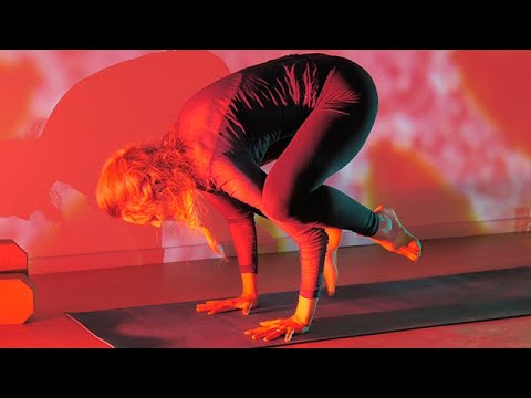 yoga for balance and stability  bakasana for beginners
