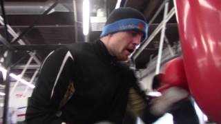 JASON QUIGLEY WORKING THE HEAVY BAG WITH POWER 2