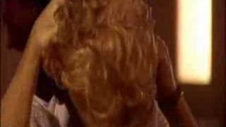 Caroline, Yes!- Kaiser Chiefs
