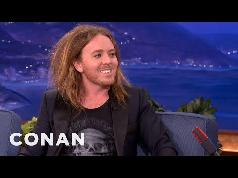 Tim Minchin's Troubles On The Road - CONAN on TBS