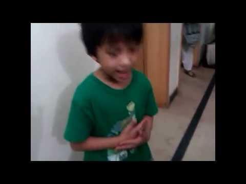 5 year old Kid Goes Insane on BOHEMIA song - School Di kitaab