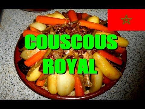 recette-du-couscous-royal-(agneau,-poulet,-merguez,-tfaya)