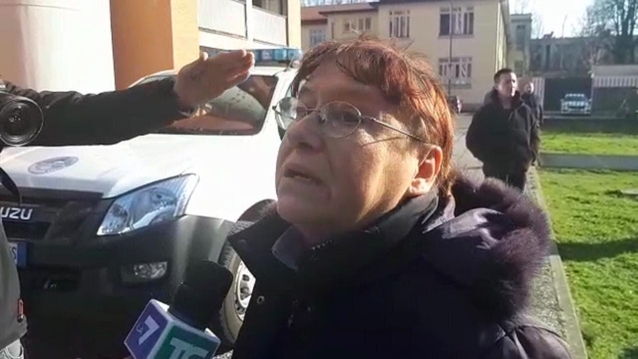 Milano Incendio In Un Palazzo Una Condomina Ho Sentito Un Forte
