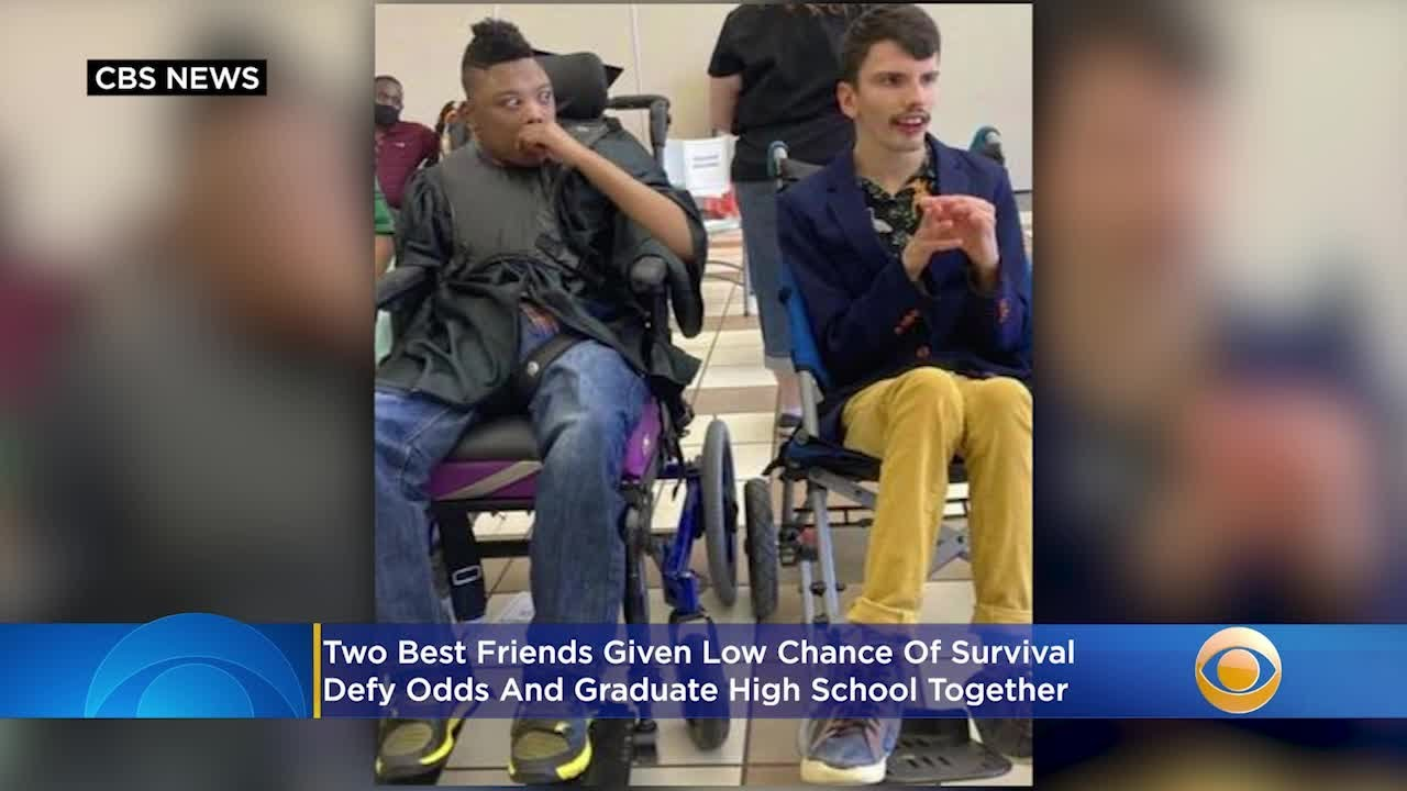 2 Best Friends In Texas Given Low Chance Of Survival Defy Odds And Graduate High School Together