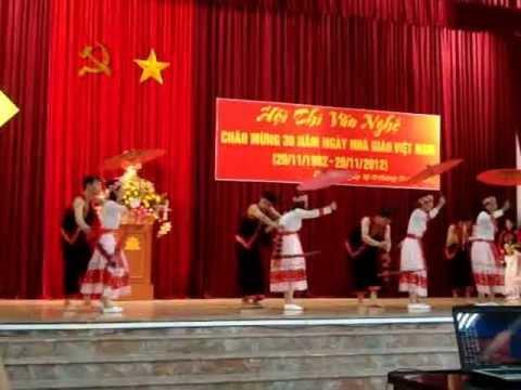 Múa phiên chợ ngày xuân- THCS Quang Loi.MPG