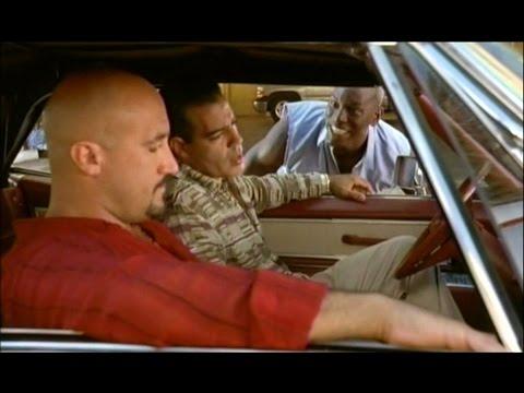 ワイルドスピードX2 「俺のケツは貸さねぇぜ!」 ロームの窓拭き