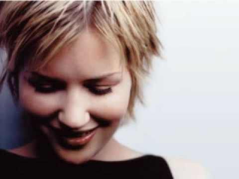 Dido- Here with me (acoustic)
