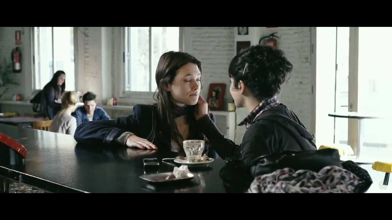 Секс С Астрид Берже-Фрисби – Секс Ангелов (2012)