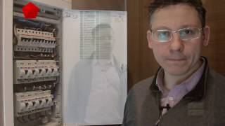 видео Ретро-проводка в деревянном доме: материалы, правила