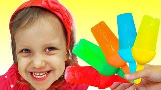 Алекс и Настя учат цвета и делают мороженное из фруктов