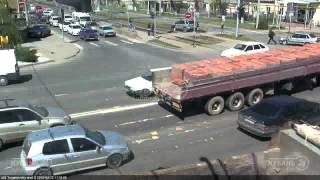 ДТП на ул Тургенева и ул Калинина 25 04 15