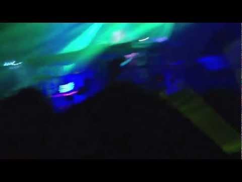 Avicii - Levels Clockwork Remix Live (Laidback Luke) (HQ)