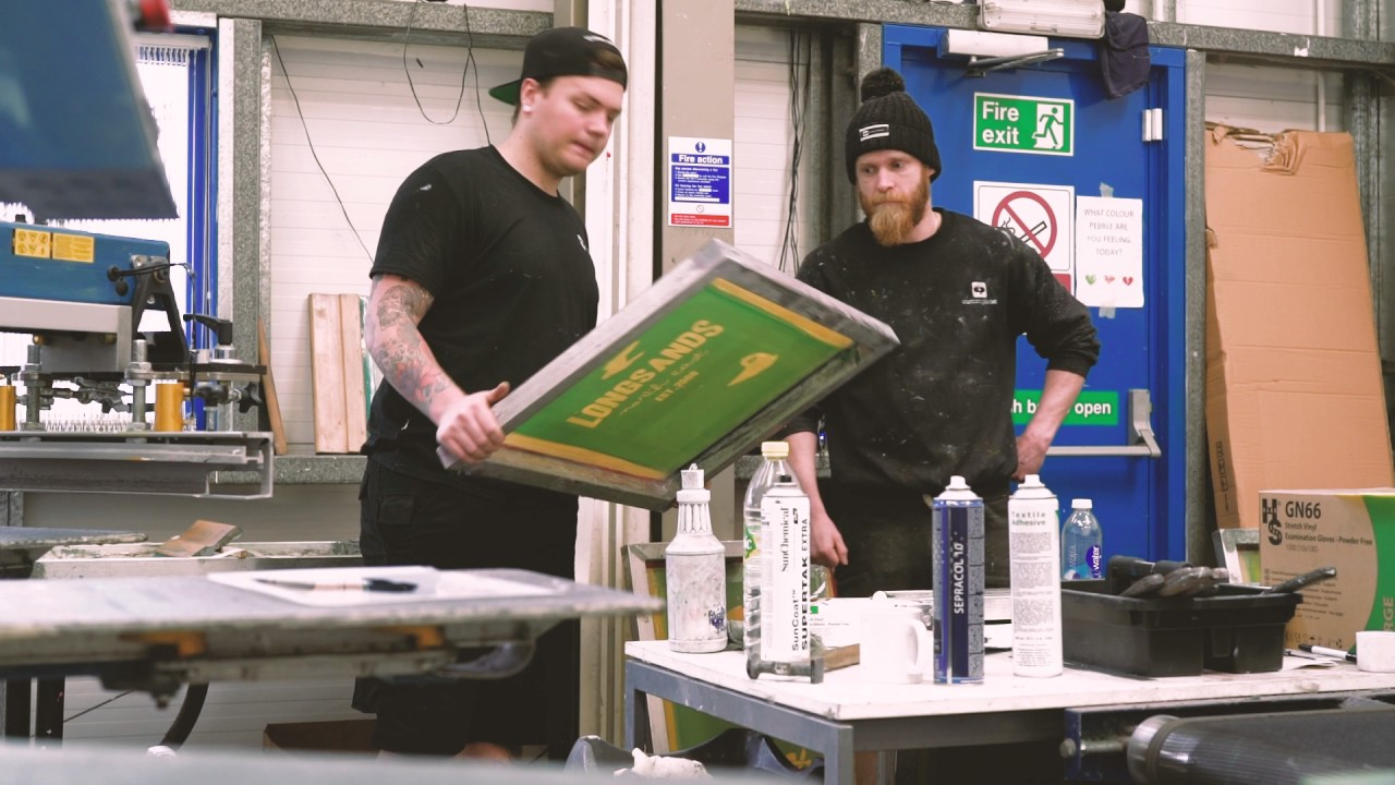 ae263fbef What is Screen Printing? A Step-by-Step Guide to Silk Screen Printing