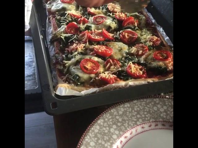 Ivoo's Pizza!
