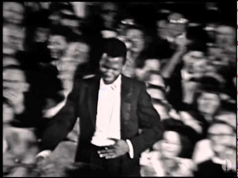 Sidney Poitier Wins Best Actor: 1964 Oscars