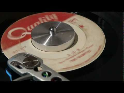 the-haunted-1-2-5-1966-quality-rpmcanada1971