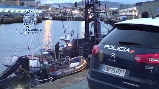 Praza.gal | Chegada a porto do barco abordado na operación antidroga na que volveu caer Charlín
