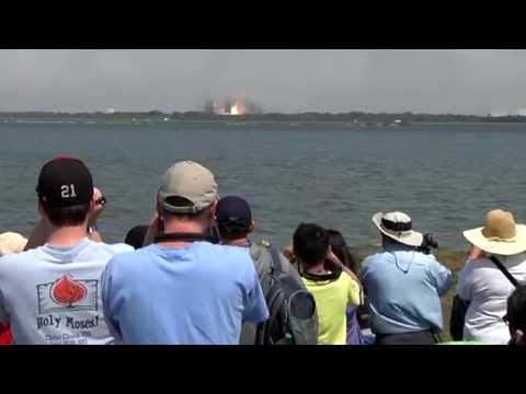 Launch Viewing at Kennedy Space Center Visitor Complex