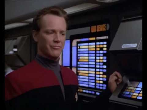 Star Trek Voyager: Tom Paris orders Hot Plain Tomato Soup