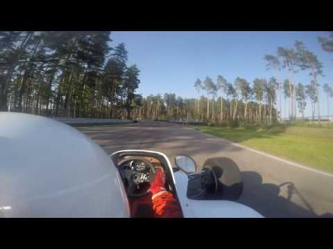 Bikernieki Historic Formula Race/crash
