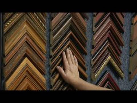 Types of Decorative Picture Frames : How to Use a Dark