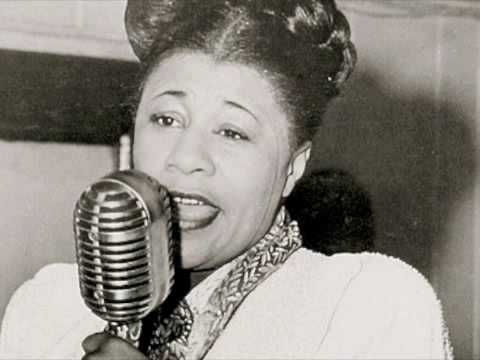 Ella Fitzgerald -  My Heart Belongs to Daddy