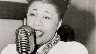 Watch Ella Fitzgerald My Heart Belongs To Daddy video
