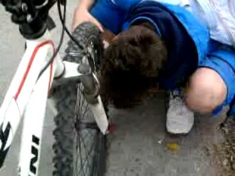 How To Pump A Bicycle Tire With Your Mouth Youtube