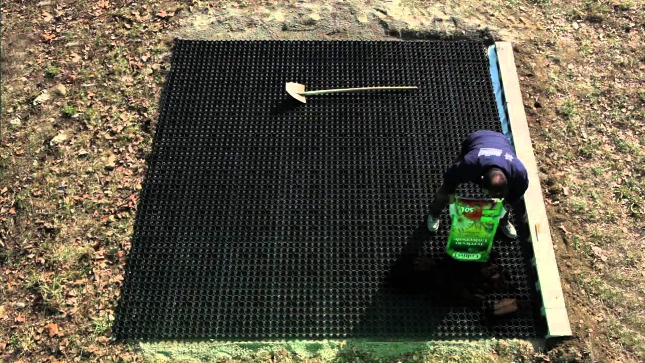 Grigliati In Plastica Per Giardino.Posa Grigliato Erboso Carrabile Guttagarden Gutta Italia Mov Youtube