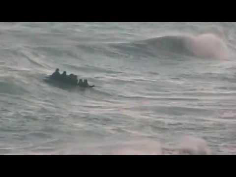 Heroico rescate de migrantes en Benzú