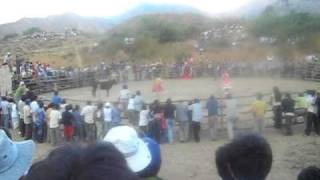 corrida de  toros  el porvenir sayapullo