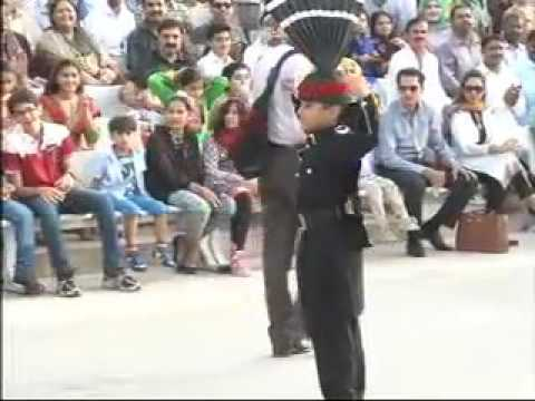 Little Child Enthusiasm Prade at WAHGA BORDER LAHORE as PAKISTAN RANGERS style