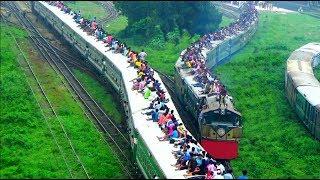 Rare Meter Gauge & Broad Gauge Train crossing / Ekota Express Train & Dewanganj Express Train